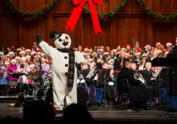 Free Holiday Sing-A-Long at Wolf Trap